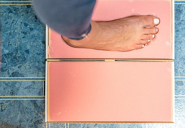 Ein Fußabdruck wird genommen